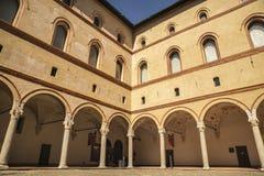 Замок Castello Sforzesco Sforza в милане, Ломбардии, Италии, 13 Стоковая Фотография RF