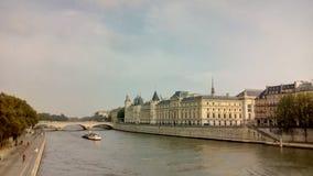 Замок Conciergerie - бывшие королевский дворец и тюрьма, Париж, Франция Стоковые Изображения