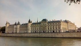 Замок Conciergerie - бывшие королевский дворец и тюрьма, Париж, Франция Стоковое Фото