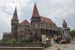 Замок Corvin (замок Corvinesti или Hunyadi) стоковые фотографии rf