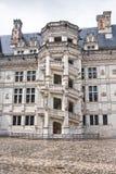 Замок de Blois. Известная винтовая лестница стоковые фотографии rf