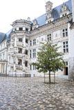 Замок de Blois. Часть известной винтовой лестницы стоковое изображение