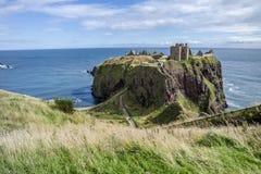 Замок Dunnottar губит - Stonehaven - Шотландия Стоковая Фотография RF