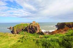 замок dunnottar Шотландия stonehaven Стоковая Фотография