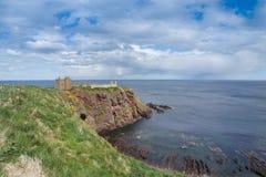 Замок Dunnottar - Stonehaven - Шотландия Стоковое Изображение RF