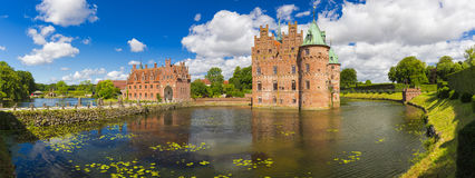 Замок Egeskov, Фюн, Дания стоковые фото