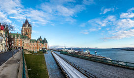 Замок Frontenac и терраса Dufferin - Квебек (город), Квебек, Канада Стоковое Изображение RF