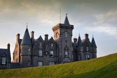 Замок Glengorm, обдумывает, Шотландия Стоковое Изображение
