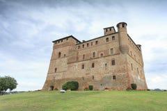 Замок Grinzane Cavour стоковая фотография