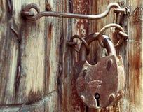 замок grunge двери старый Стоковые Изображения RF