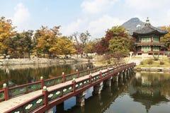 Замок Gyeongbokgung в Сеуле стоковые изображения rf