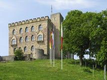 Замок Hambach под голубым небом Стоковая Фотография RF