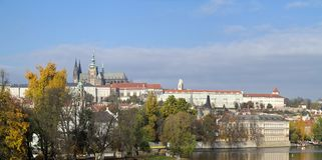 Замок Hradcany - Праги и собор St Vitus стоковые фото