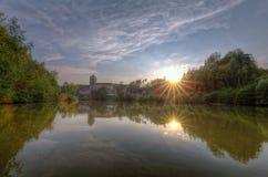 Замок Kost и ручеек Bily Заход солнца взгляд городка республики cesky чехословакского krumlov средневековый старый Стоковое Изображение