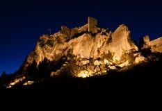 Замок Les Baux на ноче Стоковое Изображение