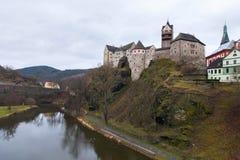 Замок Loket и чехия городища Стоковое Фото