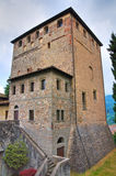 Замок Malaspina - Dal Verme. Bobbio. Эмилия-Романья. Италия. стоковые фотографии rf