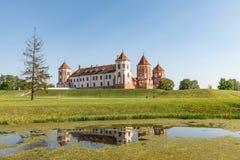 Замок Mir в Беларуси на дневном времени Стоковые Фото