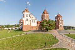 Замок Mir в Беларуси на дневном времени Стоковые Изображения