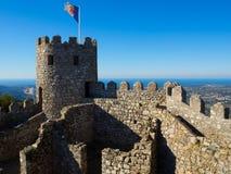 Замок Moorish, Sintra, Португалия Стоковые Фотографии RF