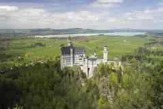 Замок Neoschvanstein, осматривает сверху Стоковые Изображения