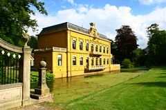 Замок Nienoord, лук-порей, Groningen, Нидерланды Стоковые Фотографии RF