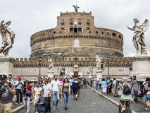 Замок Sant Angelo от Ponte Sant'Angelo, Рима Стоковые Фотографии RF