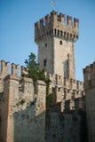 Замок Scaliger в Италии стоковое фото