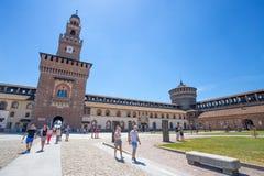 Замок Sforzesco в месте Cairoli, центре города милана, Италии стоковое изображение rf