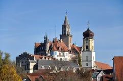 Замок Sigmaringen и церковь прихода Стоковое Изображение RF