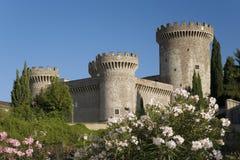Замок Tivoli, или замок Pia Rocca, построенный в 1461 Папой Pius II, Tivoli, Италия, Европа стоковая фотография