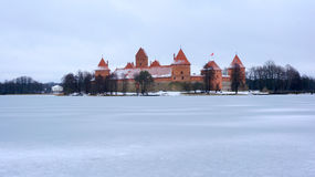Замок Trakai в зиме Стоковая Фотография RF