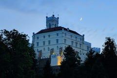 Замок Trakoscan в северной Хорватии на ноче Стоковые Фото
