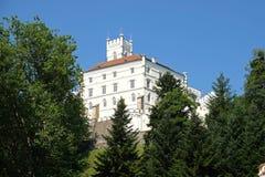 Замок Trakoscan в Хорватии стоковая фотография rf