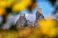Замок Trosky - повод осени Стоковое Изображение