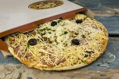 замороженная пицца стоковая фотография