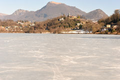Замороженное озеро Muzzano около Лугано Стоковое фото RF