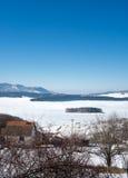 Замороженное озеро Vlasina в Сербии Стоковые Фото