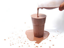 Замороженное шоколадное молоко стоковые фото