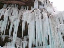 замороженные водопады Водопады Chegem Россия Стоковые Фото