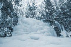 замороженный водопад