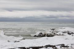 Замороженный ландшафт на Великих озерах Стоковые Фотографии RF