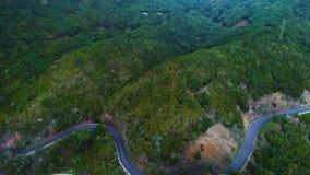 Замотка дороги в горах акции видеоматериалы