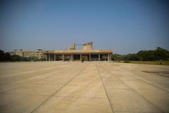 Замысловатость и асимметрия на дворце Vijay Vilas, Bhuj стоковое фото rf