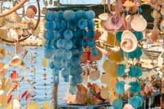 Занавесы от раковин моря красивых красочных от моря Стоковое Изображение RF