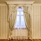 Занавесы украшения окна Стоковое Изображение