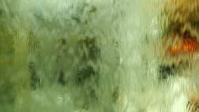 Занавес воды стеклянной стены видеоматериал