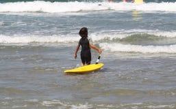 заниматься серфингом жизни Стоковое Фото