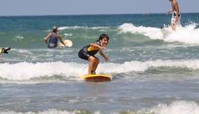 заниматься серфингом жизни Стоковые Изображения RF