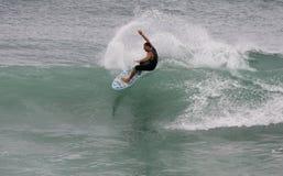 заниматься серфингом Стоковое Изображение RF